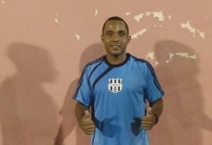 Evandro, autor de 2 gols para o Carlos e Edgard